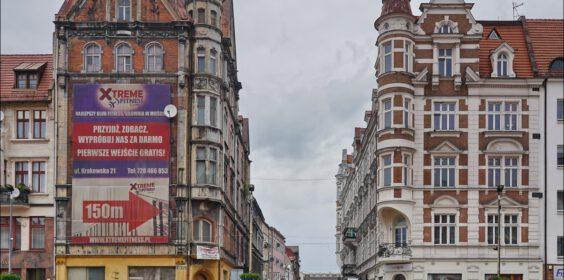 Bytom, ul. Podgórna widziana z Rynku 2010 vs. 2020