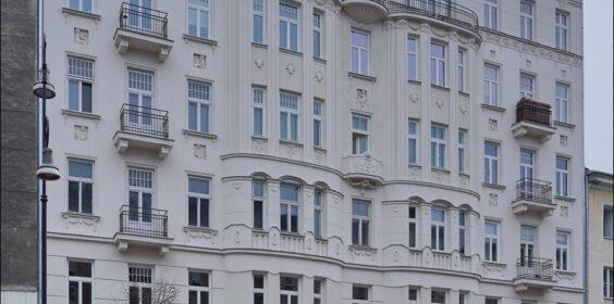 Warszawa, ul. Poznańska 3, Kamienica Lewy'ego w 2009 i 2019