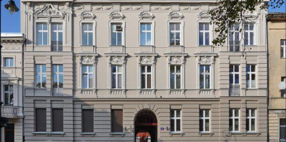 Łódź, ul. Juliana Tuwima 6 w 2019 i 2020