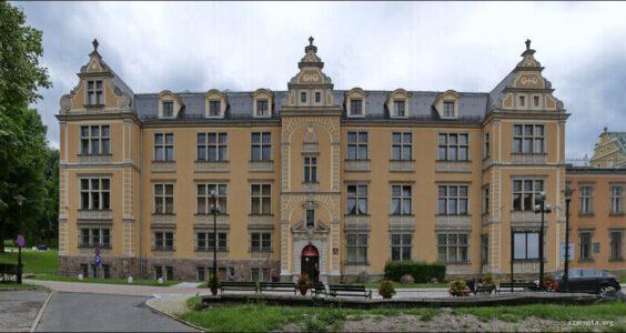 Wałbrzych, Pałac Czettritzów