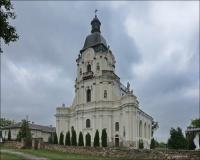 (Мику́линці, Микулинцы) Mikulińce, kościół pw. Trójcy Przenajświętszej i polski cmentarz