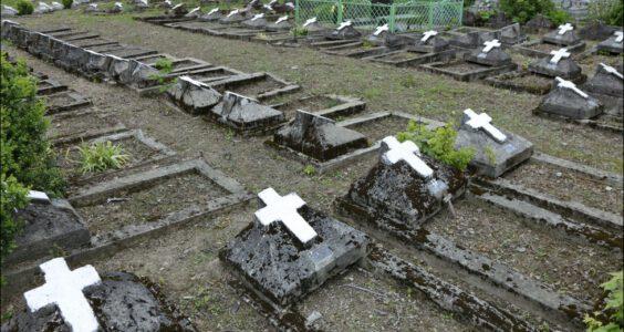 Ukraina (Stryi, Стрий, Стрый) Stryj, mogiły polskich żołnierzy poległych w wojnie polsko-bolszewickiej
